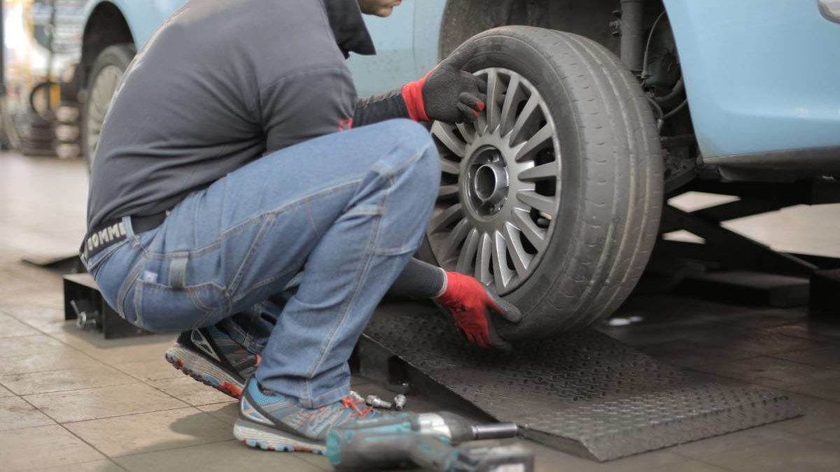 What is Tyre Market? – About, Tyre, Brands and More